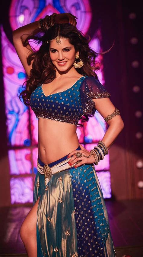 actress laila hot songs watch sunny leone sizzles in laila main laila item song