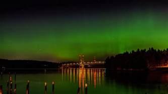northern lights show above western wa seattle informer