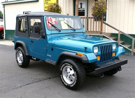 jeep wrangler turquoise find used 1994 jeep wrangler se 4x4 showroom new condition