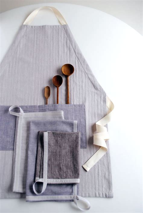 Sewing Bee Apron | molly s sketchbook a new adjustable unisex apron and