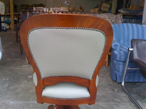 leather cleaning dyeing re upholstery melbourne
