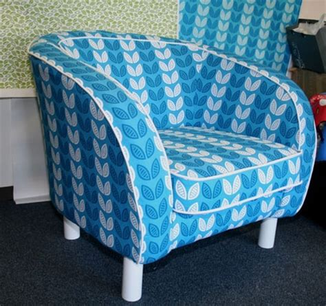 Upholstery Tutorial Chair by 1000 Images About Cover Chair And Sofa Diy On