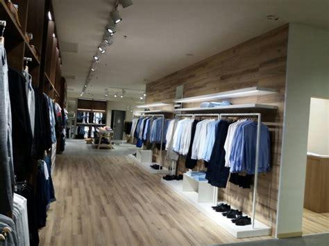 negozi mobili design arredamento negozio abbigliamento