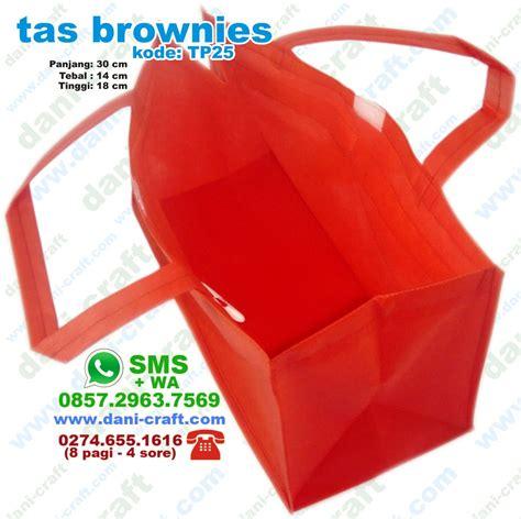 Box Kue 21 Dus Kue Motif Cantik Ukuran 21cm X 21cm Dus Cherry 013 tas brownies tas tempat kue brownies goodie bag brownies souvenir pernikahan