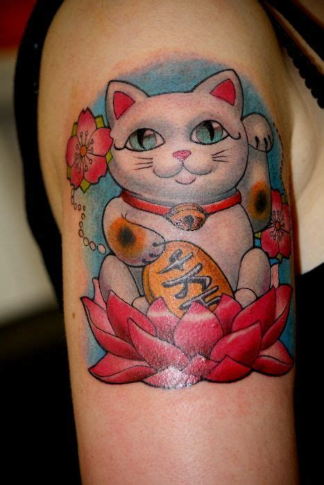 lucky lotus tattoo best 25 lucky cat ideas on lucky draw