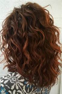 curly layered ear length hair styles best 25 medium layered haircuts ideas on pinterest