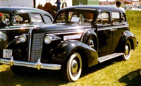 file 1936 buick series 40 special 4dr sedan style no 41 rear left jpg wikimedia commons buick special wikidata