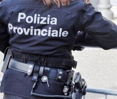ufficio collocamento pistoia due giorni di stop chiusi gli uffici della polizia