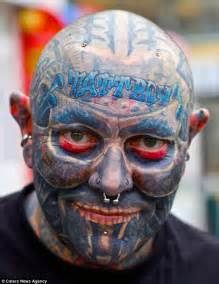 eyeball tattoo adelaide tattboy holden covers 90 of his body with tattoos daily