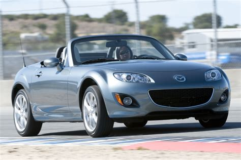 compact sports cars lightweight small sports cars