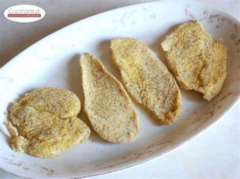 ricette per cucinare fettine di tacchino fettine di pollo al forno con salsa aromatica cucinare it