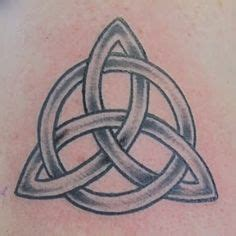1000 Ideas About Trinity Knot Tattoo On Pinterest Knot Celtic Triquetra Knot Tattoos 2