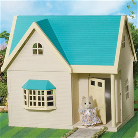 Sylvanian Applewood Cottage by Sylvanian Play Toys