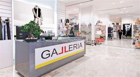 arredamenti negozi calzature arredamento negozio a battipaglia calzature e borse