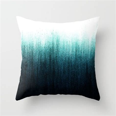 teal bed pillows best 20 teal throw pillows ideas on pinterest blue room decor box room ideas and living room