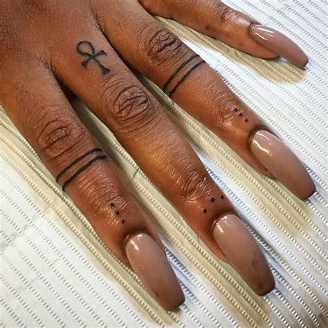 ankh tattoo on finger best 25 ankh tattoo ideas on pinterest egypt tattoo