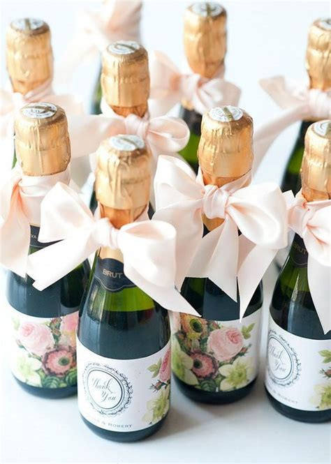Wedding Giveaways - 25 best ideas about wedding favors on pinterest wedding favors for guests wedding