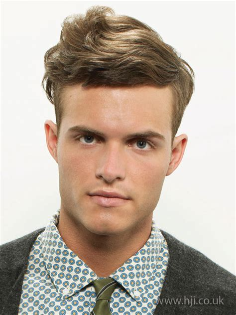 Preppy Hairstyles For Men | 2009 men preppy hairstyle hji