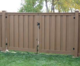 trex gates hardware low maintenance fencing naturally