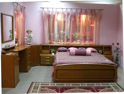 indian middle class bedroom