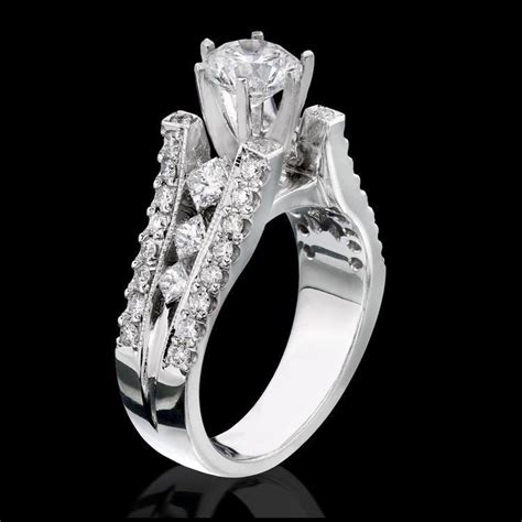 diamonds on the tips modified 6 prong cathedral split band