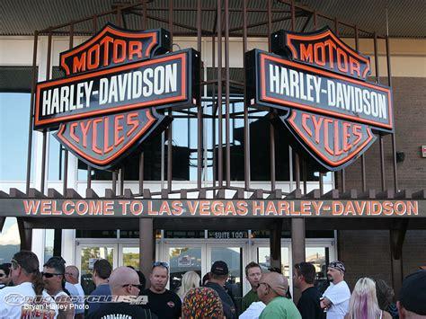Harley Davidson Of Las Vegas by Vegas H D Serving Dinner To Homeless Motorcycle Usa
