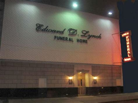 home edward d lynch funeral home inc located in