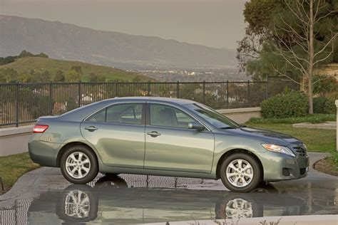 Price For 2011 Toyota Camry 2011 Toyota Camry Reviews Photos Price Specifications