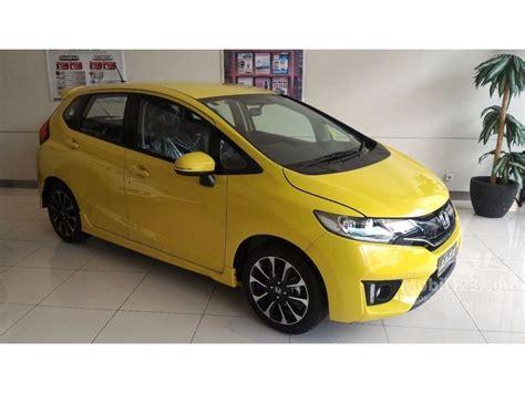 Kaos Honda Brio Kuning jual mobil honda jazz 2017 rs 1 5 di dki jakarta automatic hatchback kuning rp 268 000 000