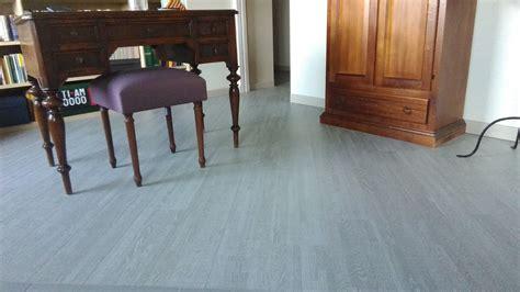 parquet sopra piastrelle parquet sopra pavimento esistente come posare il parquet
