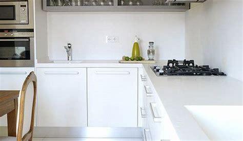 imagenes solo blancas una cocina blanca y moderna