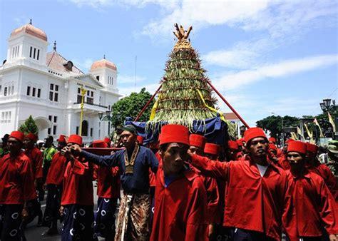 Masyarakat Indonesia cara cara unik masyarakat indonesia rayakan isra mi raj
