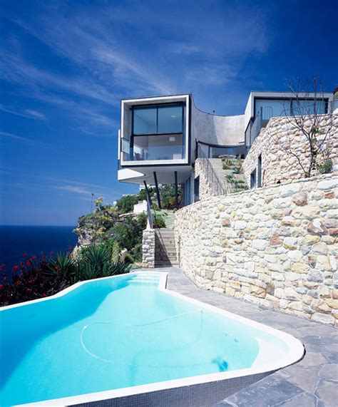 cliff house architecture inspired by modern picasso modern house designs