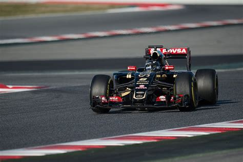 f1 test live f1 live test barcellona day 4 alonso in ospedale per