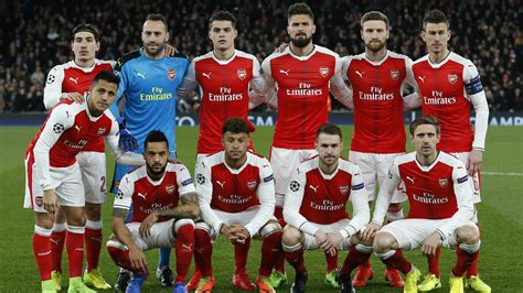 arsenal squad 2018 wenger confirms arsenal s starting line up for next season