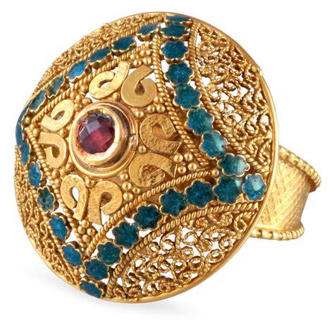 golden ring pix gold ring