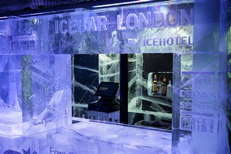 Last Day For Christmas Decorations Icebar London Cool Down After Shopping Luxury Travel