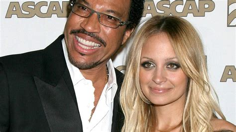 lionel richie photos photos site of nicole richie and nicole richie papa lionel erkl 228 rt skurrile adoption