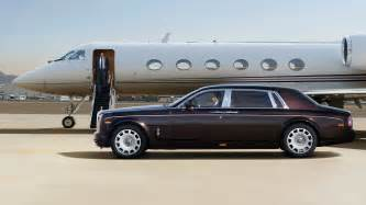 Roll Up In A Royce Phantom Extended Wheelbase