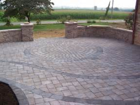 Best Pavers For Patio Custom Paver Patio With Circle Kit From Willow Gates Landscaping Pavers In Mohnton Pa 19540