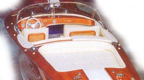 tappezzerie nautiche frales lavorazione stoffe legno e acciaio