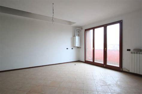 appartamenti in affitto treviglio appartamenti trilocali in affitto a treviglio cambiocasa it