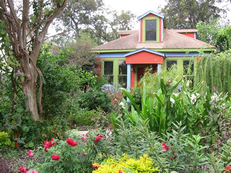 backyard gardener houston the other houston garden bungalow blog award