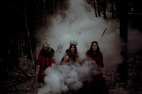 light witch lovestoned
