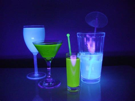 vodka tonic blacklight 17 best images about diy drinks on