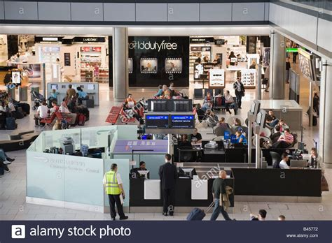 Jo In Comb Intl in heathrow airport airways