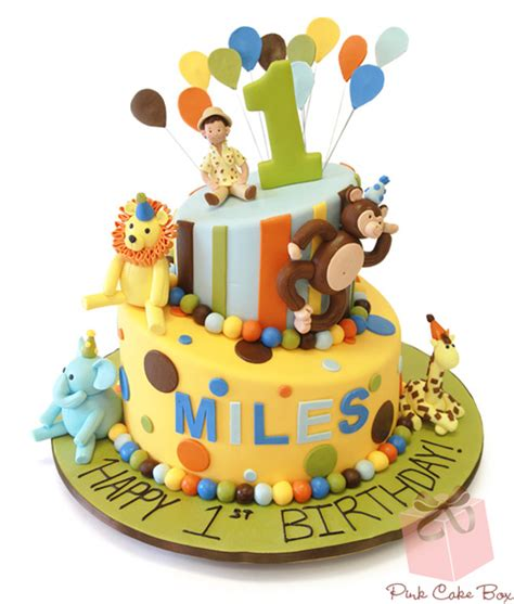 jungle themed birthday cake safari first birthday cake and cookies 187 celebration cakes