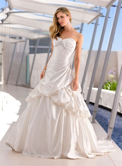 Inexpensive Wedding Dresses by Cheap Wedding Dresses Happy Birthday To You Happy