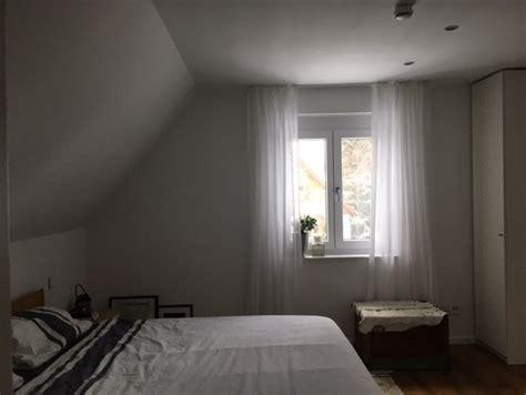 schlafzimmer gestaltungsideen farb und gestaltungsideen f 252 r schlafzimmer mit dachschr 228 ge