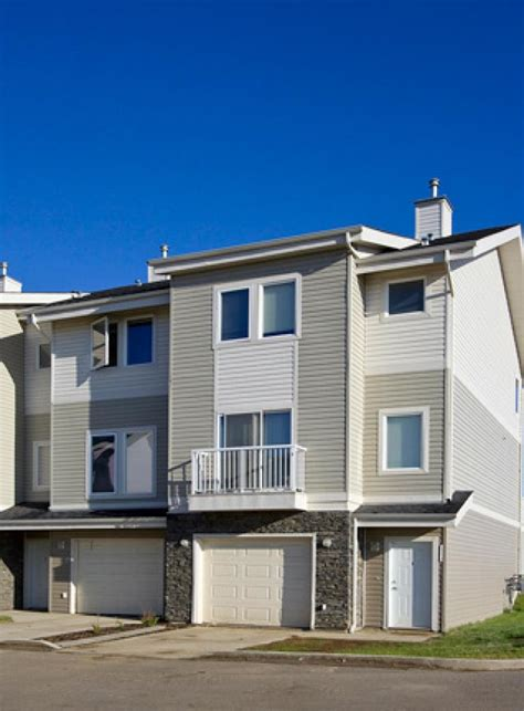 3 bedroom townhouses for rent 3 bedrooms fort mcmurray townhouse for rent ad id csy